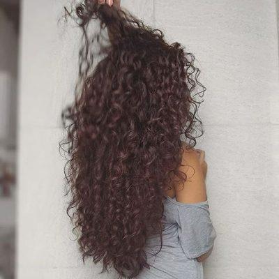 cabello rizado largo